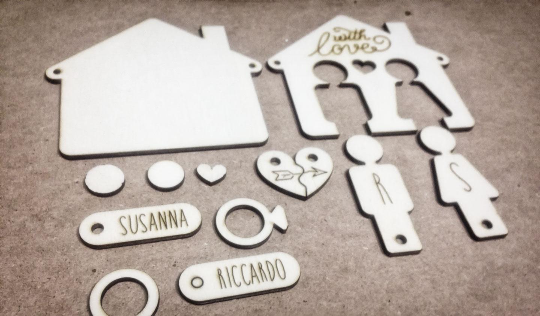 idea-regalo-originale-pezzi-portachiavi-laser-cutter-legno